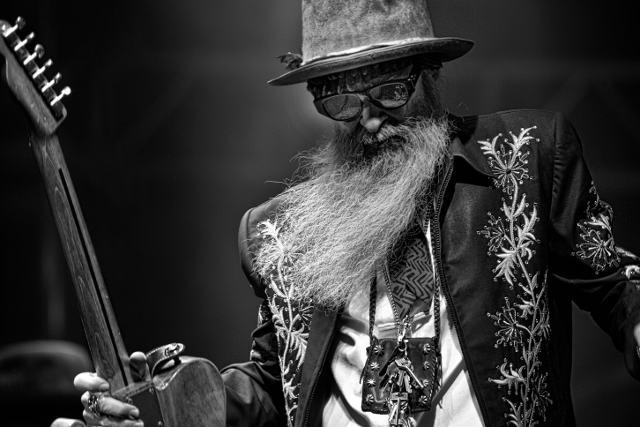 Billy Gibbons - ZZ Top, o Dono da famosa Gibson Les Paul Pearly Gates
